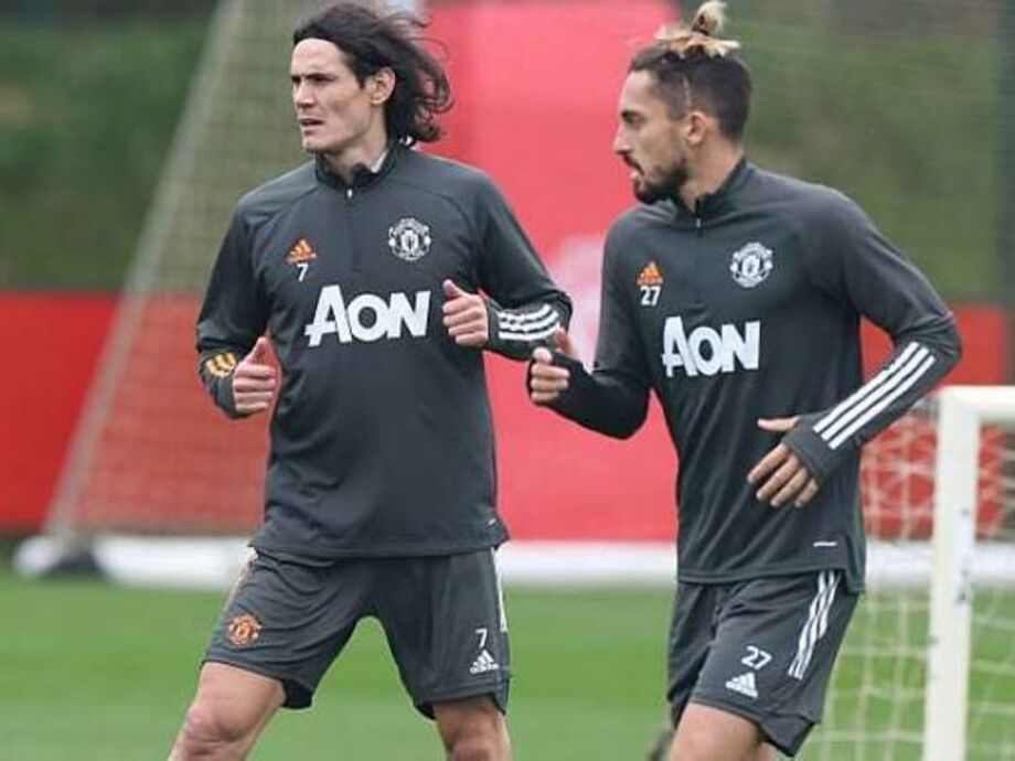 Cavani deve estrear pelo Manchester United contra o PSG