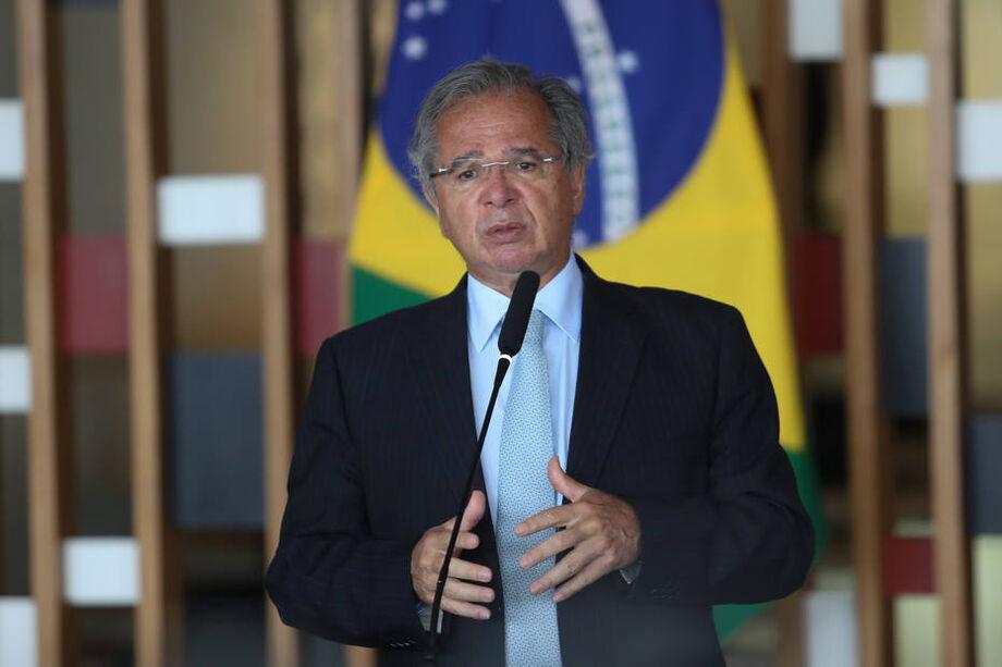 A intervenção de Paulo Guedes procura amainar os ânimos e dar uma solução para o imbróglio financeiro