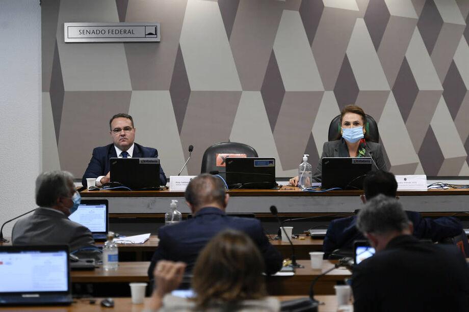 Reunião da Comissão de Assuntos Econômicos (CAE) do Senado para sabatina de indicados ao TCU e à CVM