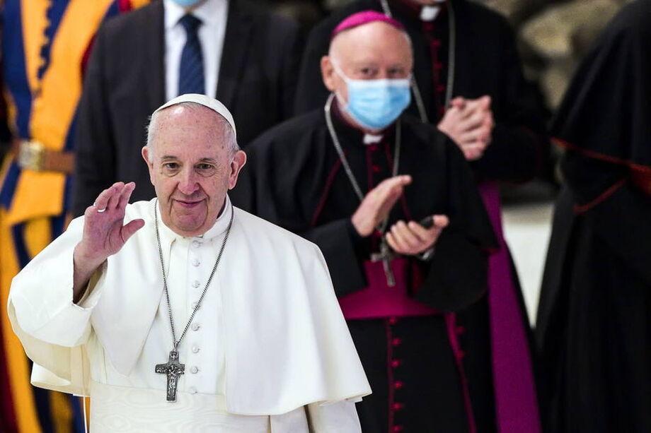 Para Francisco durante audiência no Vaticano