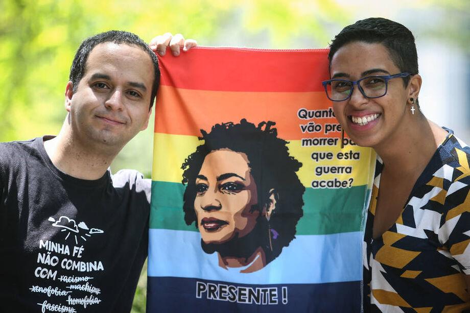 Marianne Luna e Edilson, do Movimento Pastoral LGBT Marielle Franco