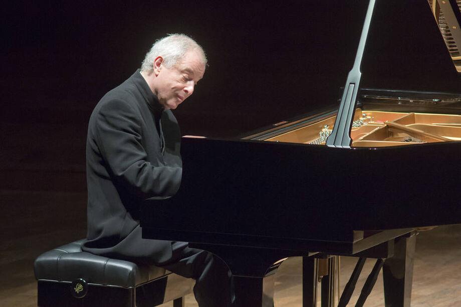 O Pianista húngaro-britânico András Schiff