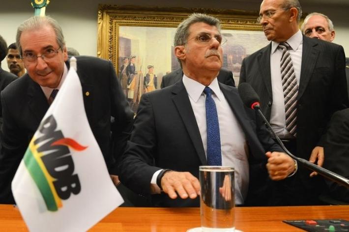 O ex-presidente da Câmara, Eduardo Cunha, ao lado do ex-senador Romero Jucá em reunião do antigo PMDB