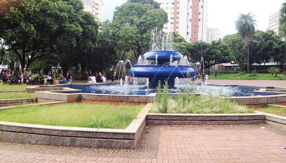 Praça Ary Coelho vai reabrir