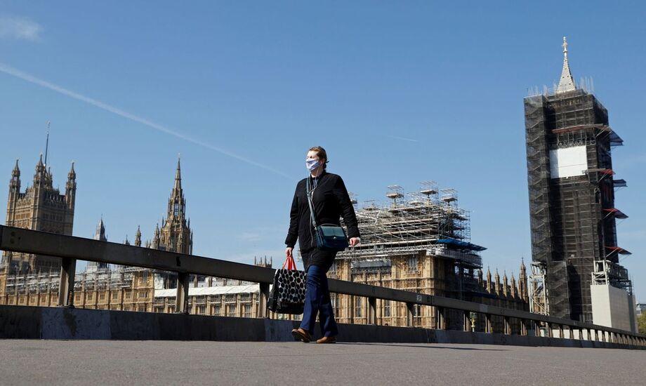O governo do primeiro-ministro britânico, Boris Johnson, evitou até o momento um lockdown
