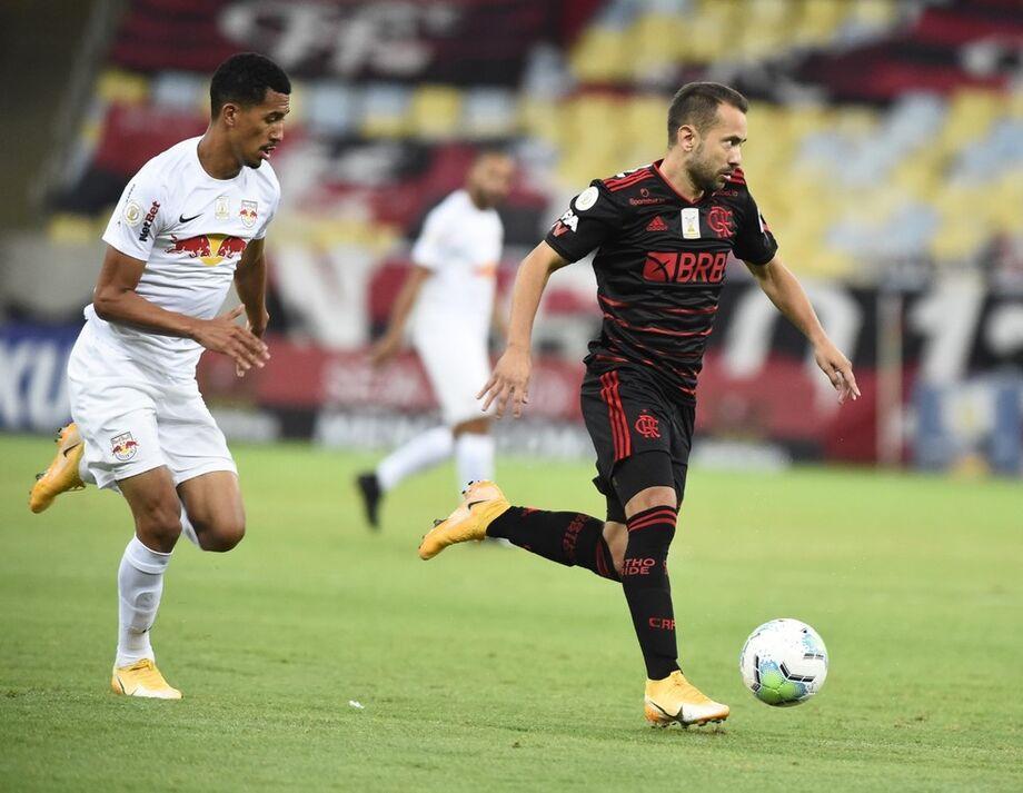 Éverton Ribeiro Flamengo x Bragantino