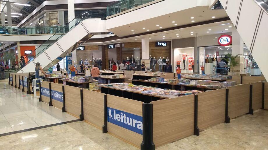 A feira acontece na Praça Central do Shopping Campo Grande
