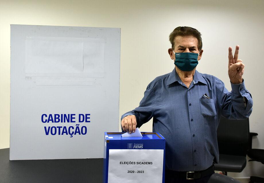 Presidente - Ivo Cescon Scarcelli