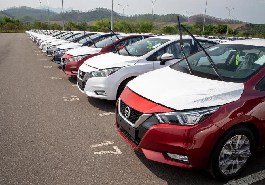 Novo Nissan Versa desembarca no porto do Rio de Janeiro
