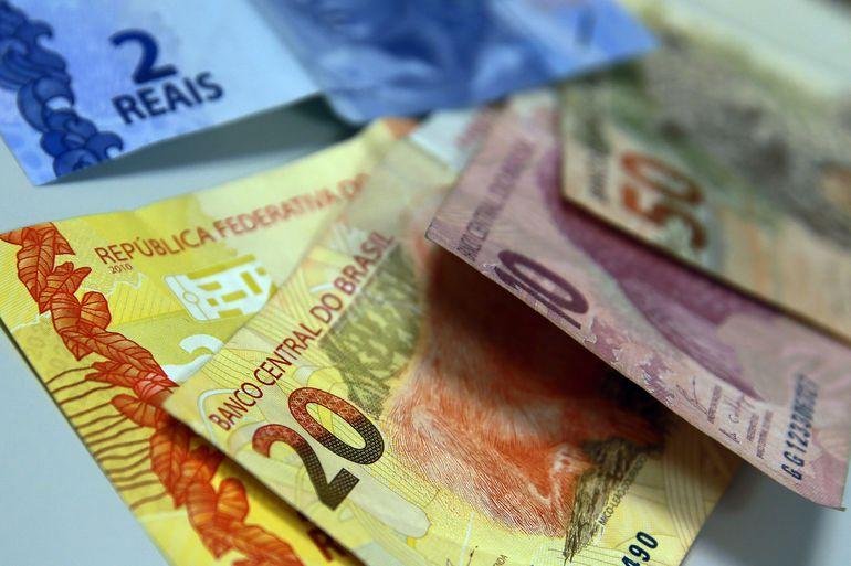 Em Mato Grosso do Sul, mais de 105 mil contratos foram firmadose todos devem ser impactados com uma redução no salário extra