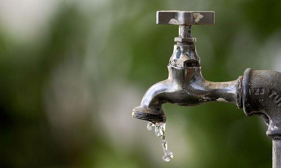 O decreto de emergência favorece ações emergenciais do poder público para evitar a falta d'água para a população