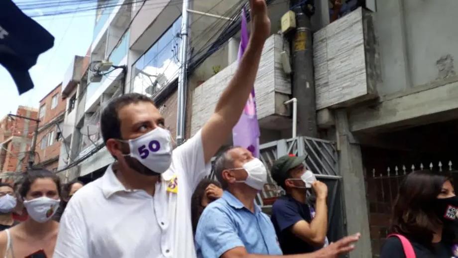 Boulos faz agenda em Heliópolis e exalta frente de esquerda