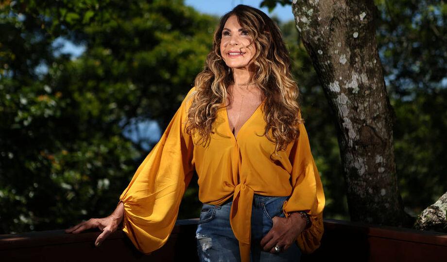 Elba Ramalho exalta a importância de João Cabral