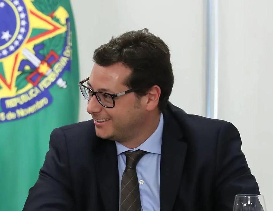 Para o secretário Wajngarten, MP anterior só caducou 'por antagozinar uma bandeira do governo Bolsonaro'