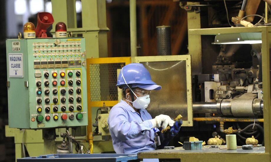 A indústria paulista espera aumento do nível de atividade em novembro, de acordo com a pesquisa Sensor, da Federação das Indústrias do Estado de São Paulo (Fiesp)