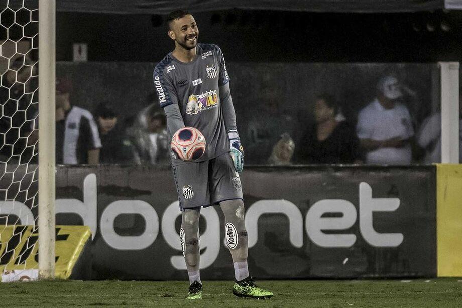 Vladimir em campo contra o Botafogo-SP
