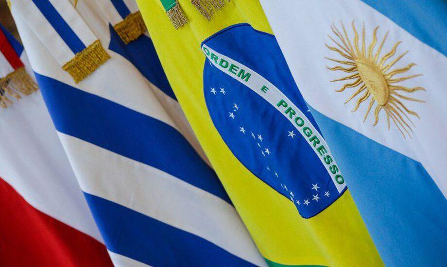 As confederações das indústrias dos países do Mercosul e da Europa pediram urgência para a ratificação do acordo comercial entre os dois blocos, firmado ano passado