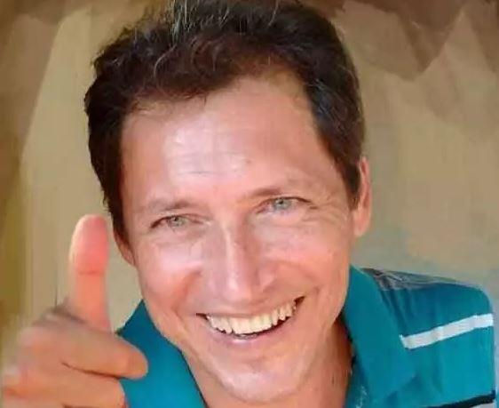 O chargista Marco Antônio Rosa Borges