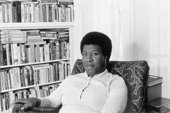 A escritora Octavia Butler, autora de 'Filhos de Sangue e Outros Contos'