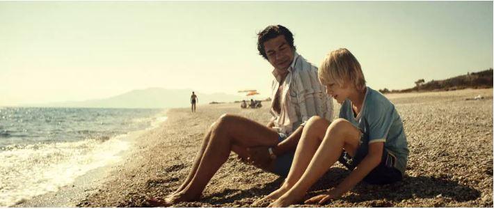 Cena do filme 'Padrenostro', com o ator Pierfrancesco Favino