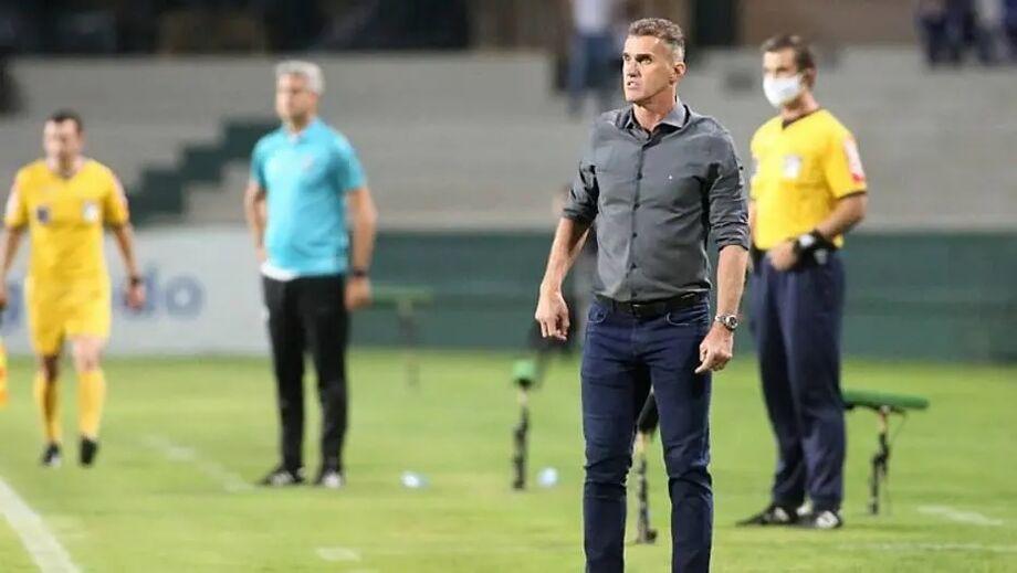 Mancini demonstra otimismo com crescimento do Corinthians