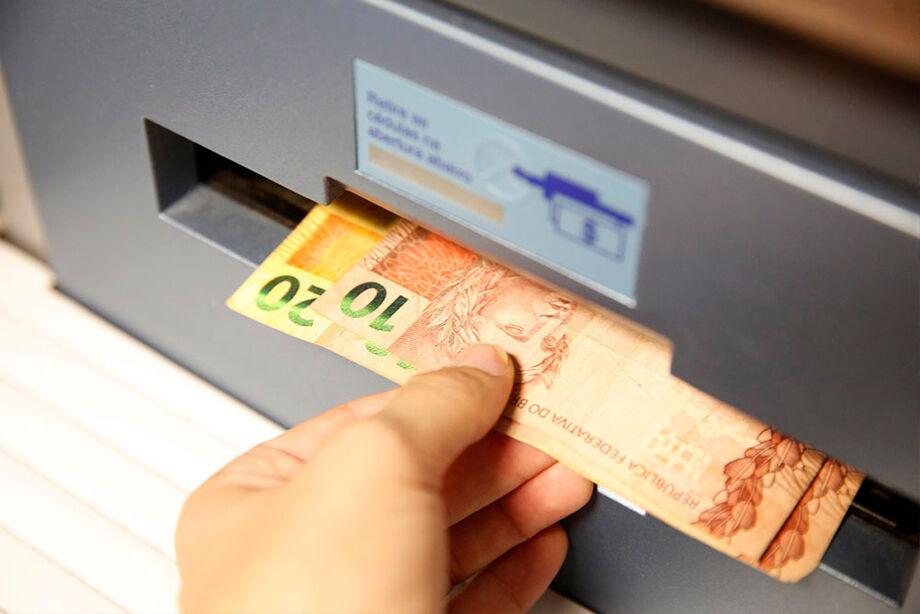 A folha extra soma R$ 473,7 milhões