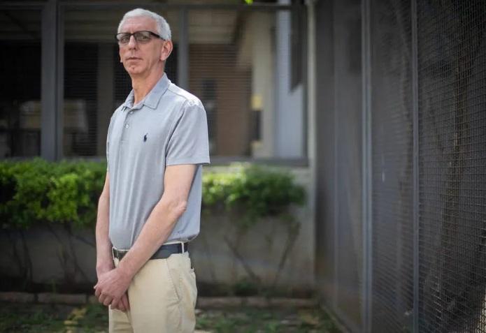 Empresário Frederico Batina, de 59 anos, reclama de suspensão da leitura presencial dos medidores de energia durante a pandemia