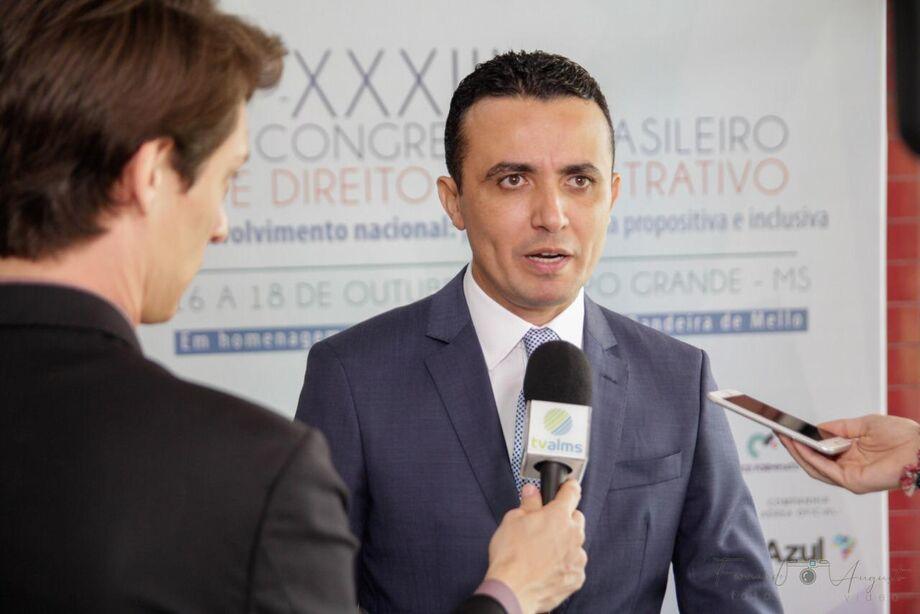 João Paulo Lacerda Da Silva (Presidente do Instituto de Direito Administrativo de Mato Grosso do Sul) será um dos ministradores do curso