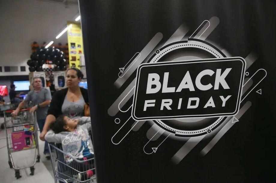 Consumidores já registram queixas nas primeiras horas da Black Friday 2020.