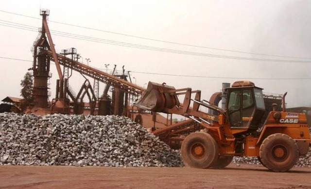 A Vetorial, empresa sul mato-grossense que atua nos setores de mineração, siderurgia e reflorestamento está com planos de retomar as atividades de sua unidade de Ribas do Rio Pardo