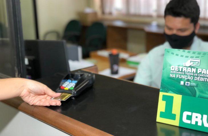 Detran Pag e passará a aceitar cartões de todos os bancos, incluindo os digitais