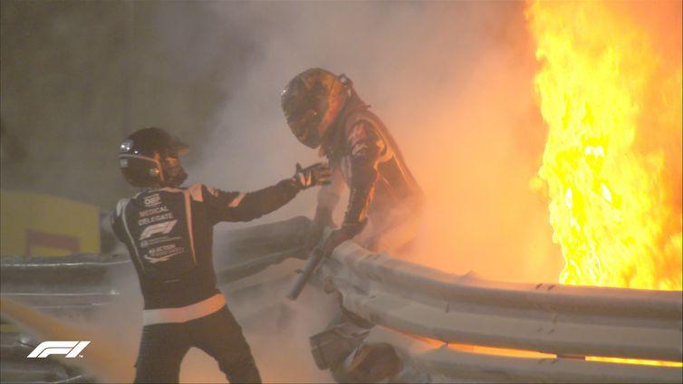 Grosjean revela que 'viu a morte chegando' no acidente no Bahrein