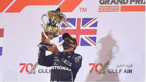Lewis Hamilton, piloto da Mercedes, está com coronavírus