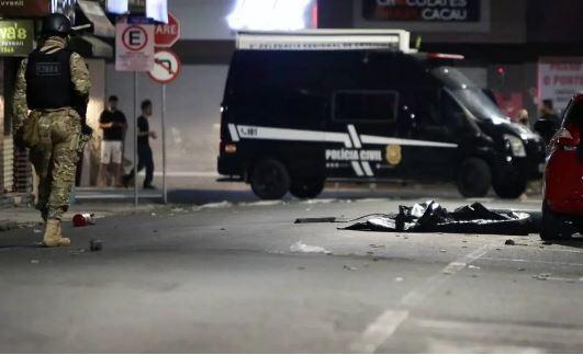 Políciais isolam área após assalto em Criciúma