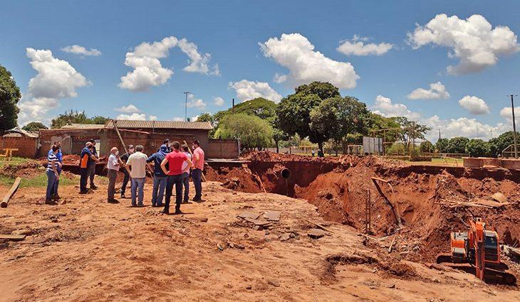Estado e município atuam em força tarefa recuperar áreas afetadas