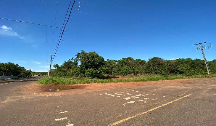 Sitio Santa Maria, nº 29, Estrada Quatro - Com área de 25 mil m²