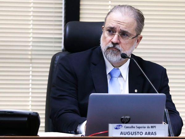 O procurador-geral da República, Augusto Aras, preside a 8ª sessão ordinária do Conselho Superior do Ministério Público Federal (CSMPF)