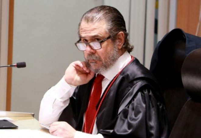 O juiz José Eduardo Neder Meneghelli