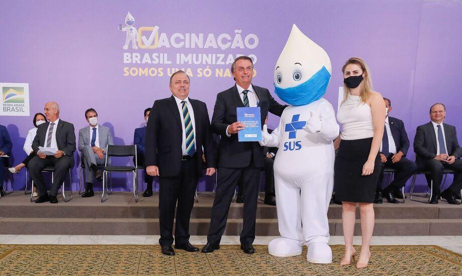 Zé Gotinha e Bolsonaro