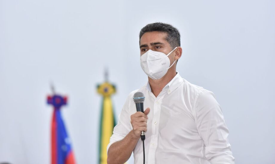 Dificuldade de acesso agrava crise sanitária em Manaus, diz prefeito