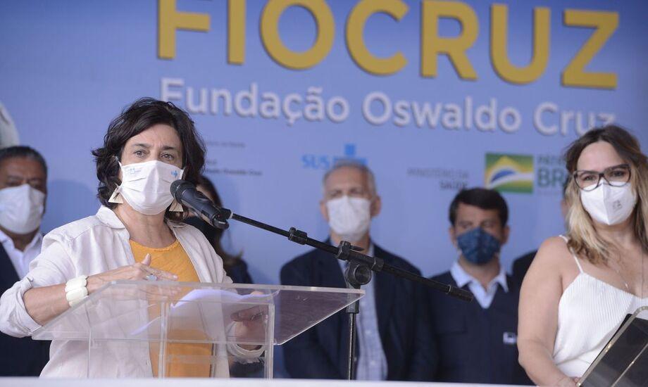 Fiocruz negocia mais 15 milhões de doses de vacina