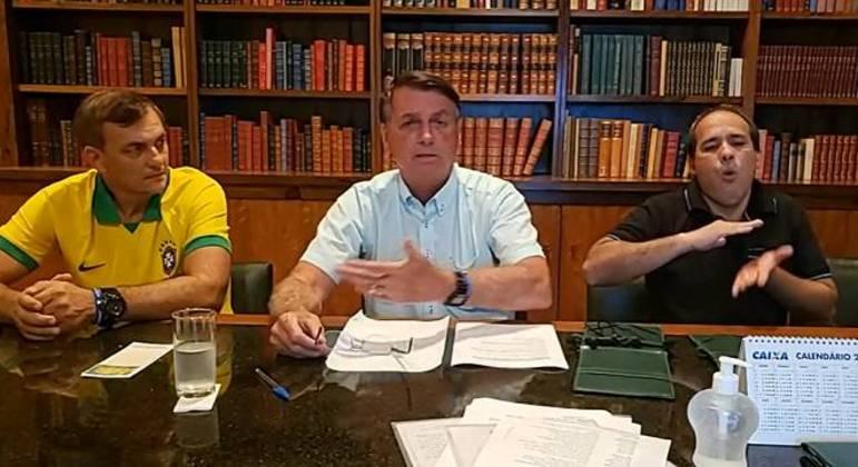 Live de Bolsonaro, que acontece às quintas foi alvo de polêmica na eleição