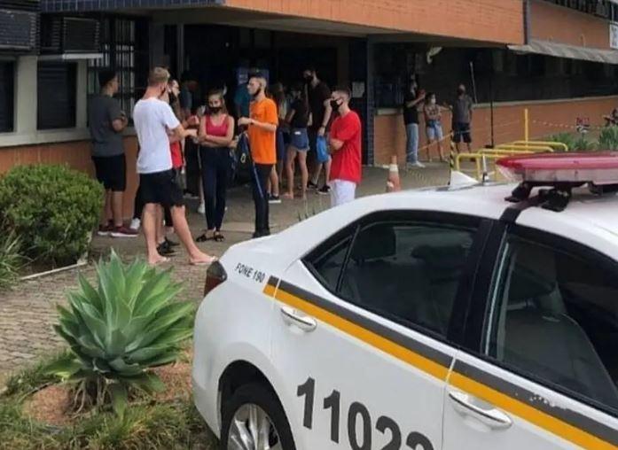 Brigada Militar foi acionada em universidade do Rio Grande do Sul depois que estudantes foram barrados por lotação de sala