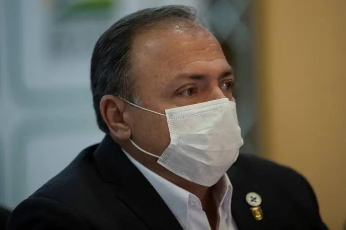 O ministro interino da Saúde, general Eduardo Pazuello
