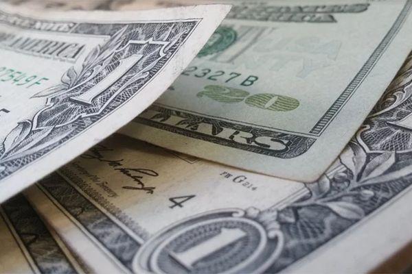 Dólar voltou a subir