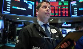 Bolsas da Europa fecham em queda, diante de avanço da covid-19 e restrições