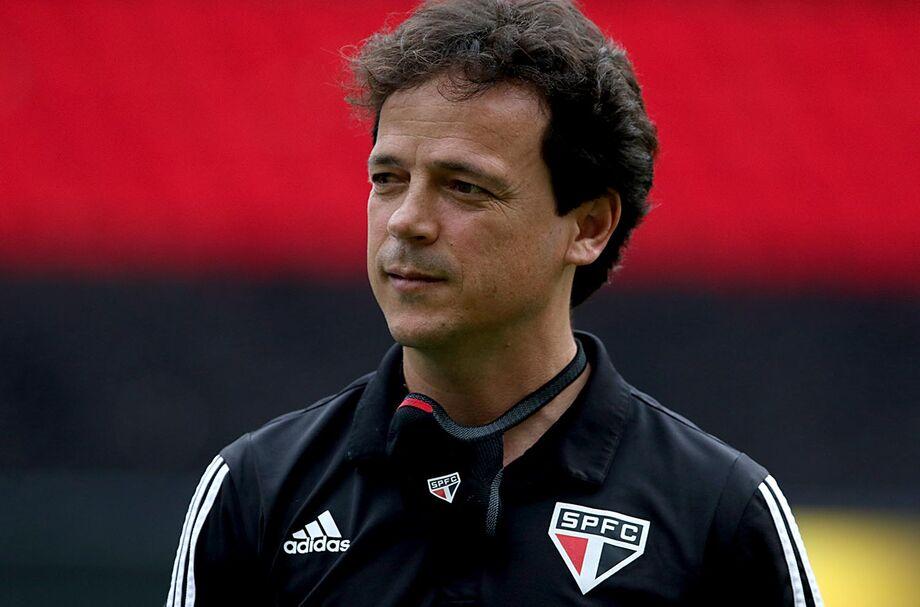 O técnico Fernando Diniz