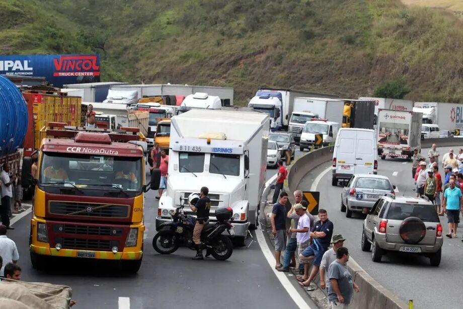 A greve dos caminhoneiros, prevista para o próximo dia 1º de fevereiro