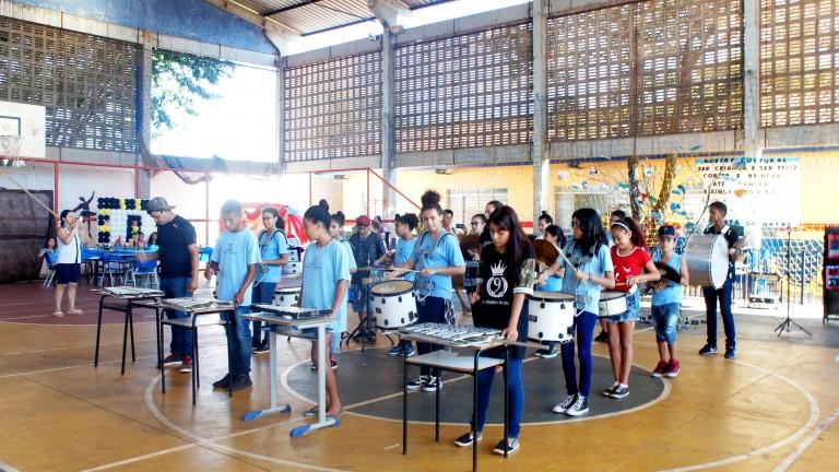 A Secretaria Municipal de Educação (Semed) abriu dois processos seletivos simplificados, para quadro de reserva de professores de educação física, artes visuais, audiovisual, circo, dança, música e teatro
