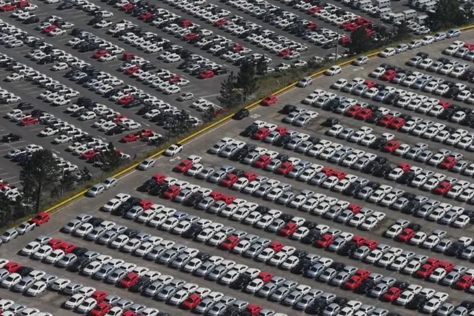 Recuo nas vendas de automóveis foi o maior desde 2015, quando o País estava em recessão